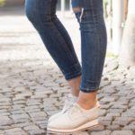 Oxford čevlji kot simbol ženske emancipacije